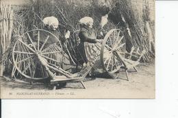 PLOUEGAT GUERAND   Fileuses 1925 - Plouescat