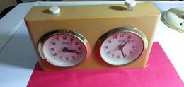 PENDULE POUR JEU ÉCHECS- GERMANY. - Alarm Clocks