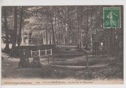 CPA Forêt De Bercé - Les Sources De L'Hermitière (avec Animation) Cliché Peu Courant - Frankreich