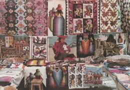 POSTAL DE PERU. PISAQ - QOSQO 1995. EL MUNDO ANDINO A TRAVÉS DE TAPICES. Nº30. (901). - Perú