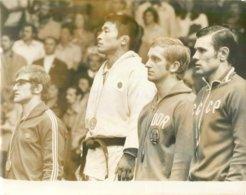 OLYMPIC GAMES MÜNCHEN JEUX OLYMPIQUES MUNICH 1972  JUDO JUDOKA SPORT JUDOFIGHT ANTON ZAJKOWSKI TOYOKAZU NOMURA HOETGER - Sports