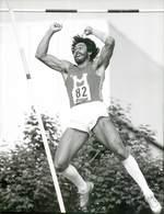 OLYMPIC GAMES MÜNCHEN JEUX OLYMPIQUES MUNICH 1972 ZEHMKAMPF TÏTELKÄMPFEN SAUT A LA PERCHE PERCHISTE - Deportes