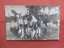 RPPC  To Id   Group Photo Marked Bombay 1941   Ref 3839 - Postcards