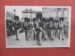 Changing Of The Guard Kobenhavn Denmark  Ref 3839 - Denmark