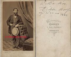 En 1866 CDV Identifiée Et Dédicacée-homme élégant-photo Charles à Bordeaux - Fotos