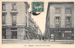 20-1041 :  TOURS. ENTREE DE LA RUE COLBERT. - Tours