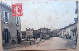 38 RUY  PLACE DE LA BASCULE PETITE ANIMATION CIRCULEE 1910 - France