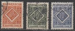 MADAGASCAR  1947__N°34/39/40__OBL  VOIR SCAN - Timbres-taxe