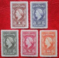 RARE ZELDZAAM Koningin Wilhelmina Groter Formaat NVPH 239-243 1945 MNH ** / POSTFRIS SURINAME / SURINAM - Suriname ... - 1975