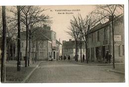03 - VARENNES Sur ALLIER - Rue De Gayette  - 1733 - Autres Communes