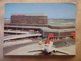 AEROPORT / AIRPORT / FLUGHAFEN     MOSCOU SHEREMETYEVO - Aerodromes
