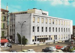 ROANNE - Le Nouvel Hôtel Des Postes - Voiture : Renault 4 L - Dauphine - Panhard - Peugeot - Citroen 2 CV - Roanne