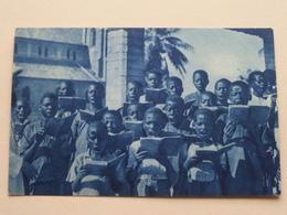 Missions D'Afrique / Une Schola Africaine ( Edit. De La Propagation De La Foi Lyon ) Anno 19?? ( Voir Photo ) ! - Missions