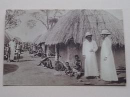 Missions D'Afrique / Un Village Congolais ( Edit. De La Propagation De La Foi Lyon ) Anno 19?? ( Voir Photo ) ! - Missions