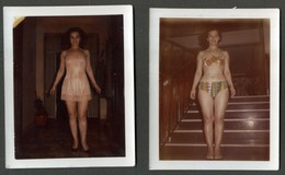Femme En Maillot De Bain - Woman - Donna - Anonieme Personen