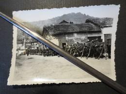 Militaria - WW1 -  Photo Originale -Troupes Françaises Poilus - Départ De La 3 Eme Section De La 24 Cie Du 225 R.I - B.E - Guerre, Militaire