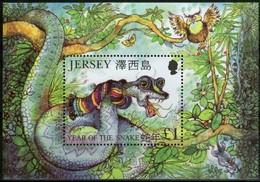 Jersey 2001 Yvertn° Bloc 34 *** MNH Cote 5 Euro Faune Year Of The Snake Serpent Slang - Jersey