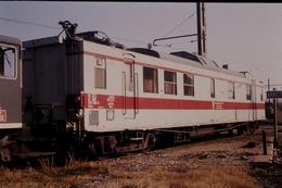Photo Diapo Diapositive Train Locomotive Wagon Service V SNCF Inspection Des Caténaires Avignon Le 15/01/1992 VOIR ZOOM - Diapositives