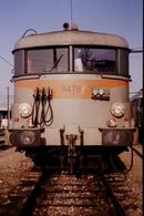 Photo Diapo Diapositive Slide Train Wagon Loco Locomotive Electrique SNCF 9478 De Face à Dijon Le 14/01/1992 VOIR ZOOM - Dias