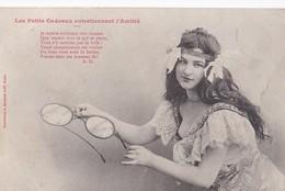 """Cartes 1900 Par Bergeret : Série """"les Petits Cadeaux Entretiennent L'amitié"""" (lunettes , Perruque ,humour) - Bergeret"""