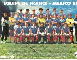 EQUIPE DE FRANCE DE FOOTBALL MEXICO 1986 CARTE POSTALE RARE DIMENSION21X15 - Football