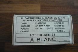 BOITE CARTOUCHES A BLANC 1973 POUR MAT 49 OU MAC 50 - Militaria
