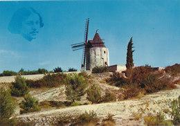 Bouches Du Rhone: Fontvieille ,le Moulin De Daudet - Fontvieille