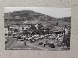 CPA Suisse VEVEY Place Du Marché Et Mont Pélerin 1967 - VD Vaud