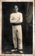 Carte Photo Originale Gymnastique - Portrait Studio De Gymnaste Vers 1910/20 - Sporten