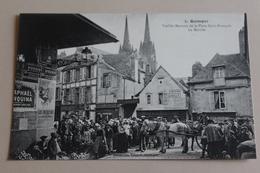 Quimper -veilles Maisons De La Place Saint François - Le Marché - Quimper