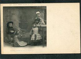 CPA - Karten Bost - Costumes D'enfants Des Environs De QUIMPER  (dos Non Divisé) - Quimper