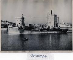 Grande Photo -  LA  ROCHELLE -  Bateau De Peche ?  LR . 3346 -  écrit Au Dos : FEYDER , Mars 1953 - Bateaux