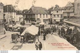 D64  SALIES-DE-BEARN  Place Du Bayàa, Le Marché  ..... - Salies De Bearn