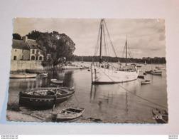 Ref Boite 153 * Bénodet 1955 Port Sainte Marine Bateau Thonier Immatriculé Au Guilvinec GV - Bénodet