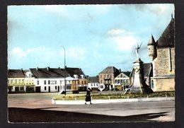 SIGNY-le-PETIT -  ( Ardennes ) - N° 6123 - La Place Centrale - Other Municipalities
