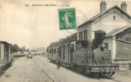 CHAILLY EN BIERE LA GARE AVEC LE TRAIN EN GROS PLAN - Autres Communes
