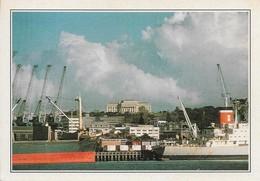Nouvelle Zélande Le Port D'Auckland (2 Scans) - Nouvelle-Zélande