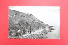 24212  CPA   GUIMAEC  : Pointe De Beg Ar Fry  !!  Superbe Carte Photo  1958   !   ACHAT DIRECT !! - Frankrijk