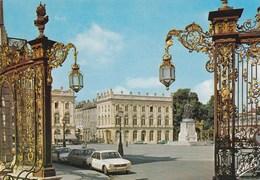 Nancy - La Place Stanislas Bâtie Entre 1752 Et 1756 - Grilles De Jean Lamour - Voitures Peugeot 504 Renault 16 - Nancy