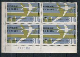 NIGER ( AERIEN ) : Y&T N°  63  EN  BLOC  DE  4 , TIMBRES  NEUFS  SANS  TRACE  DE  CHARNIERE , A  VOIR . - Niger (1960-...)