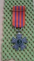 Medaille :Netherlands  -   Avondvierdaagse - Nr 3  - Oud / Old  Nederland / Vintage Medal - Walking Association - Nederland