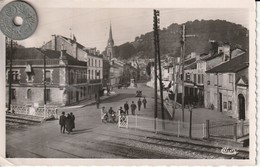 52- Carte Postale Semi Moderne Dentelée De JOINVILLE   Rue Aristide Briand - Joinville
