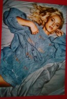 Zara Larsson - Autogramme & Autographen