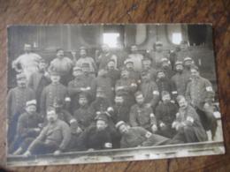Guerre 14.18 Carte Photo Poilu Infirmier Docteur Train - Guerre 1914-18