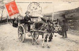 Le Velay Commissionnaire Du Village Dans Les Cevennes - France