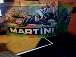 """Publicité Chapeau Bob En Papier  MARTINI """"toujours En Tête  Toujours Premier """" ( Thème Tour De France & Tiercé) Année? - Cappellini"""