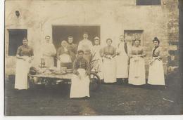 MORMANT CARTE PHOTO Personnel De Cuisine (probablement Importante Ferme - à Déterminer ) - Située Selon Cachet Postal - Mormant