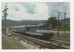 TRAIN Arrivée En Gare De Veynes Vers Gap Du Train Express LES ECRINS Locomotive SNCF BB 67359 VOIR Signaux VOIR DOS - Gap