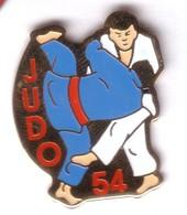 C84 Pin's JUDO 54 MEURTHE ET MOSELLE Achat Immédiat - Judo