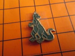 0120 Pin's Pins / Beau Et Rare  / THEME ANIMAUX / DRAGON VERT OU DINOSAURE - Animaux